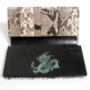 蛇革青龍財布