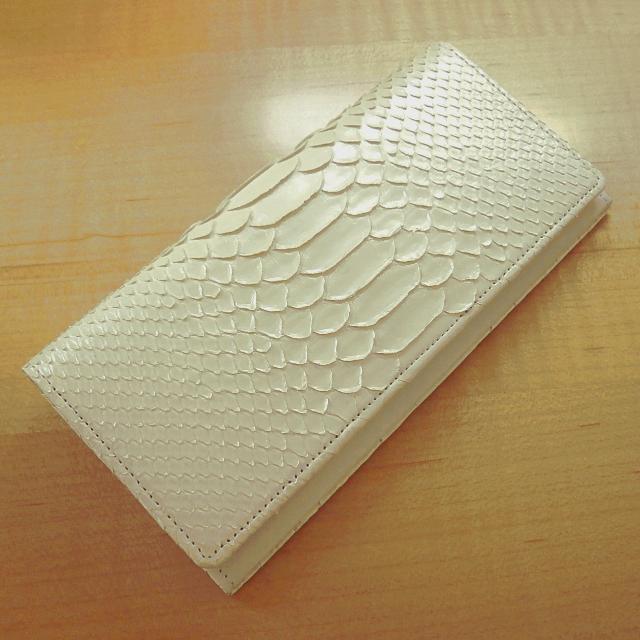 promo code 1d935 80858 宝石のように輝く美しい蛇革白財布【開運蛇革財布(白パール)】/TA-156